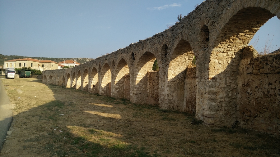 visit-castel